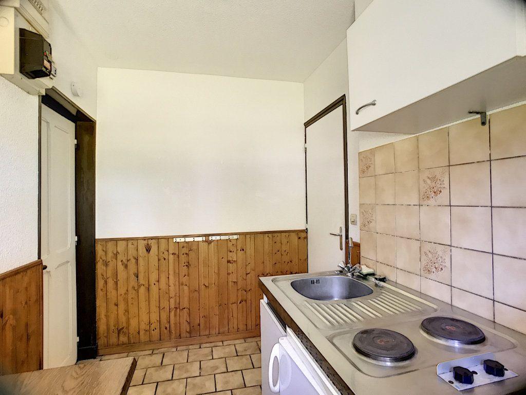 Appartement à louer 1 30m2 à Vouzon vignette-1