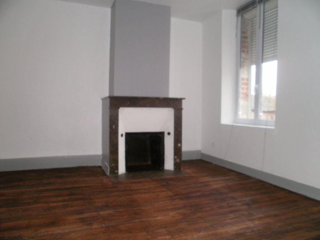 Appartement à louer 3 49m2 à Ligny-le-Ribault vignette-1