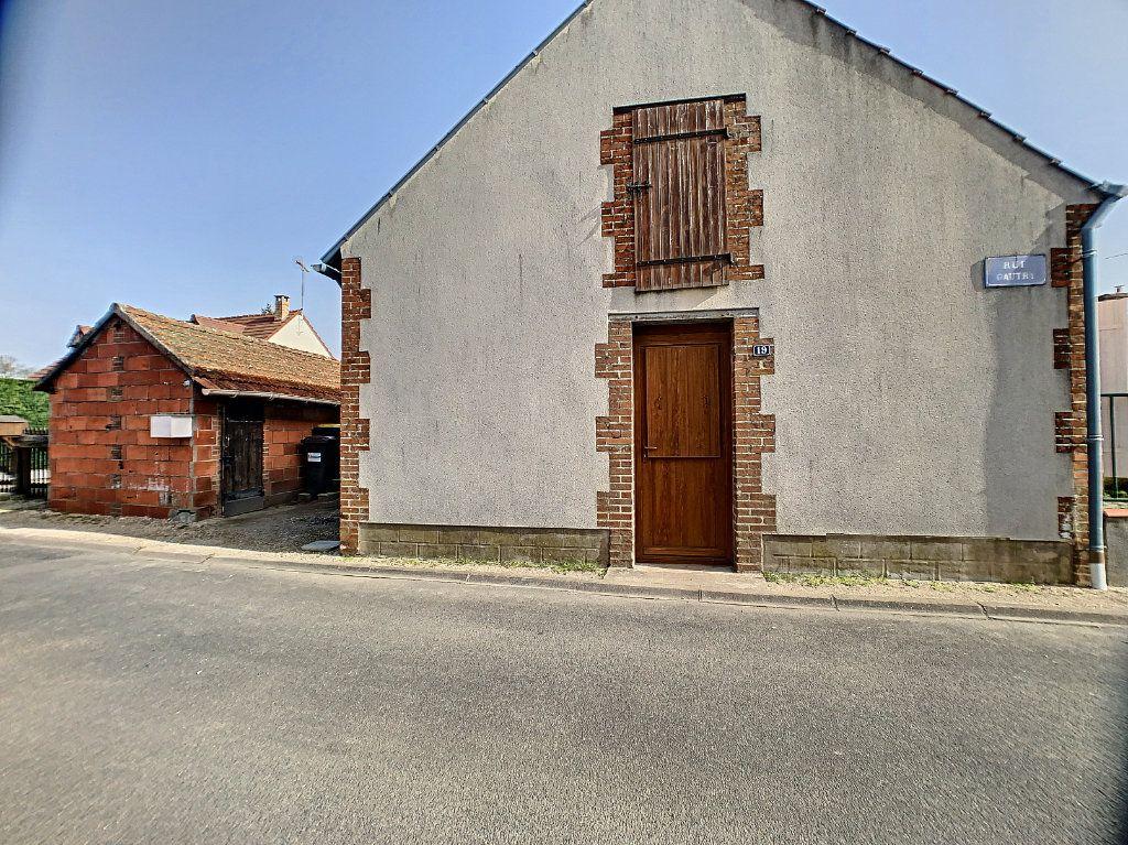 Maison à louer 2 37m2 à La Ferté-Saint-Aubin vignette-1