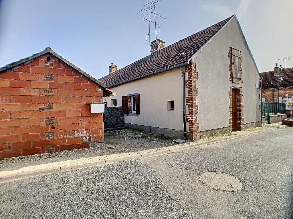 Maison à louer 2 37m2 à La Ferté-Saint-Aubin vignette-2
