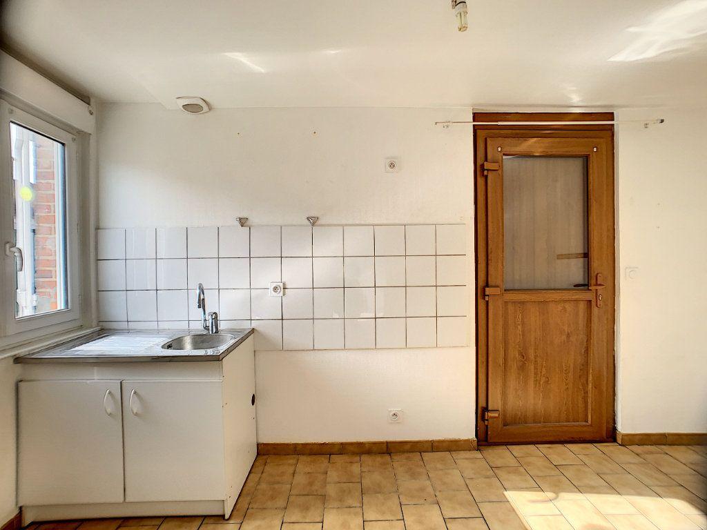 Maison à louer 2 37m2 à La Ferté-Saint-Aubin vignette-4