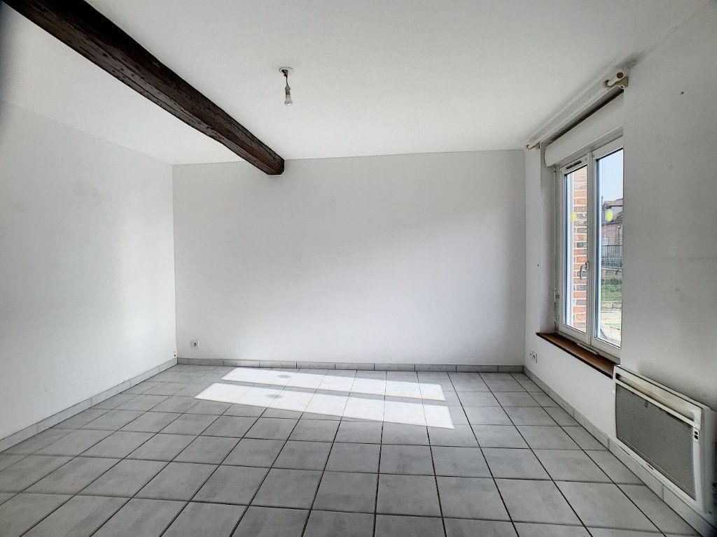 Maison à louer 2 37m2 à La Ferté-Saint-Aubin vignette-5