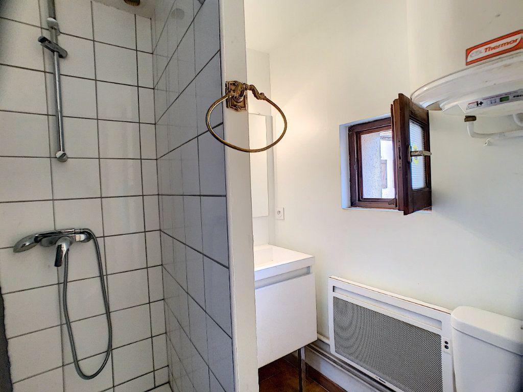 Maison à louer 2 37m2 à La Ferté-Saint-Aubin vignette-10