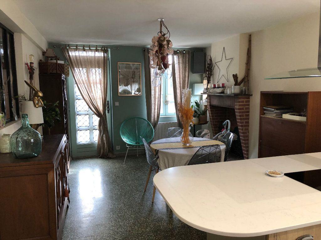 Maison à vendre 4 70m2 à Marcilly-en-Villette vignette-1