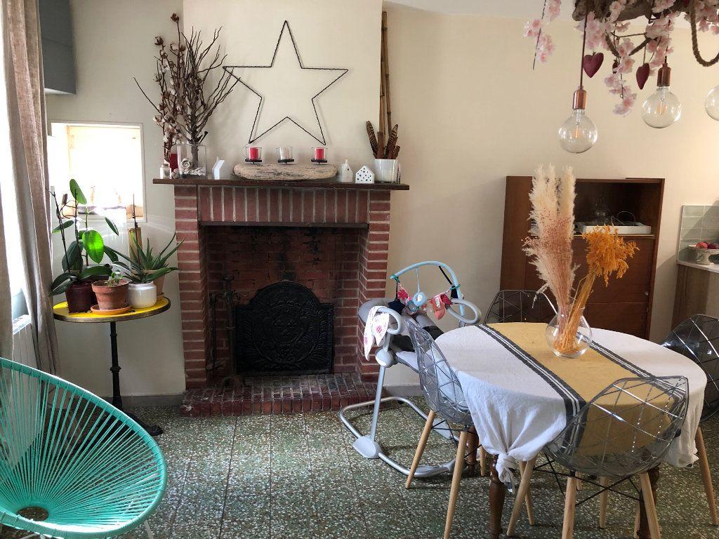 Maison à vendre 4 70m2 à Marcilly-en-Villette vignette-4