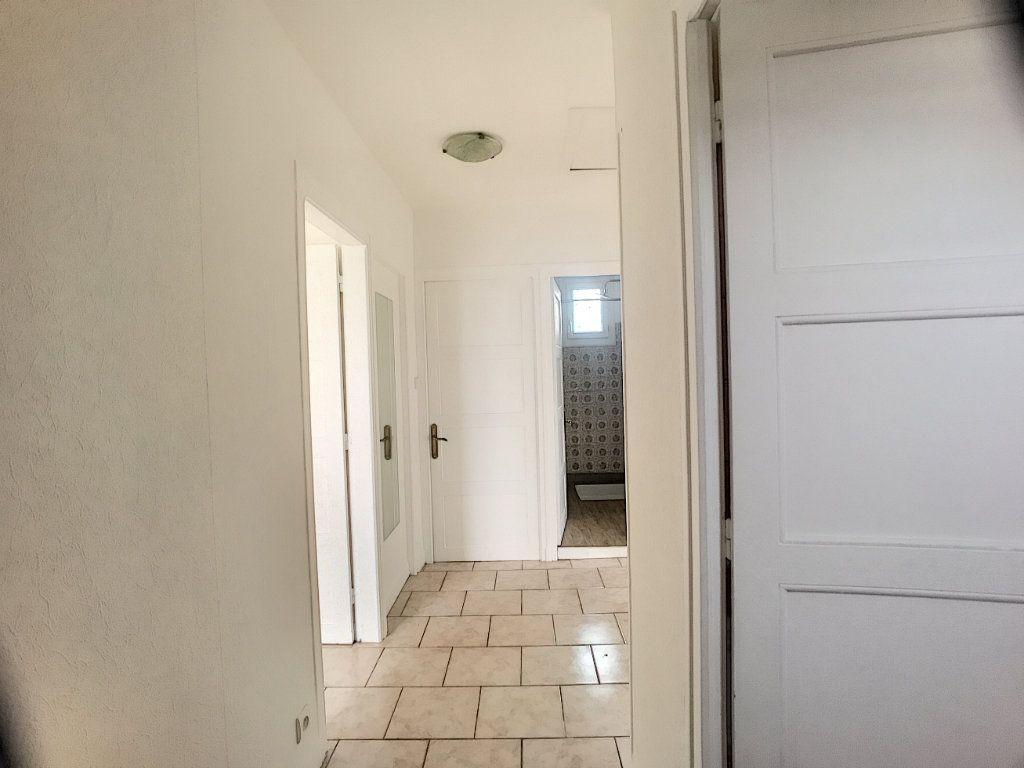 Maison à louer 3 53m2 à La Ferté-Saint-Aubin vignette-4