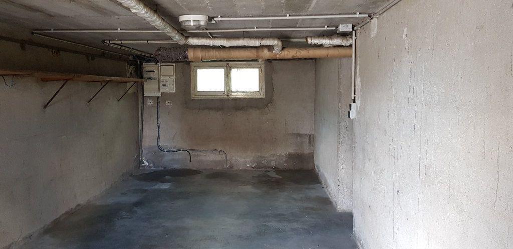 Maison à louer 3 53m2 à La Ferté-Saint-Aubin vignette-14