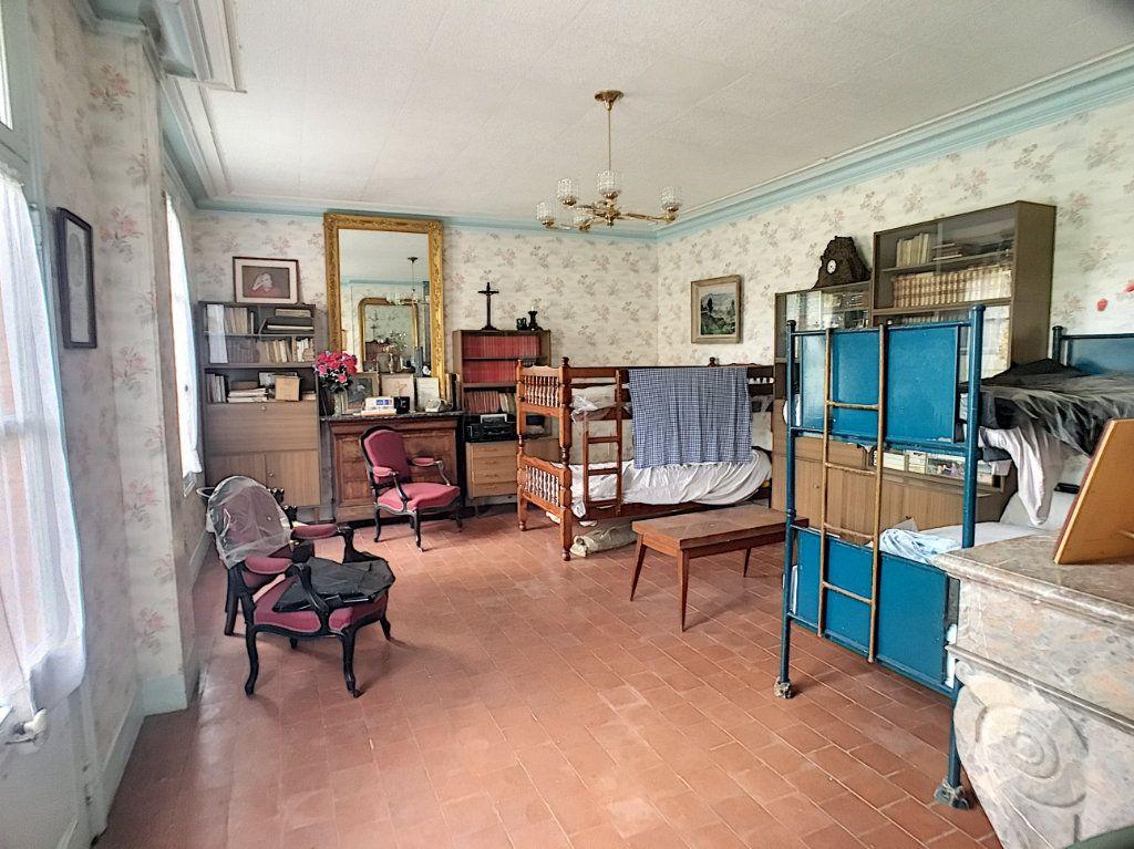 Maison à vendre 6 112m2 à Pierrefitte-sur-Sauldre vignette-7