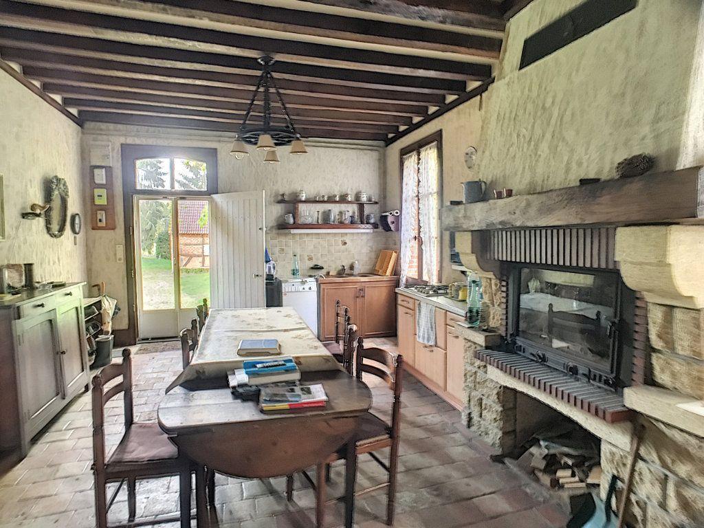Maison à vendre 6 112m2 à Pierrefitte-sur-Sauldre vignette-9