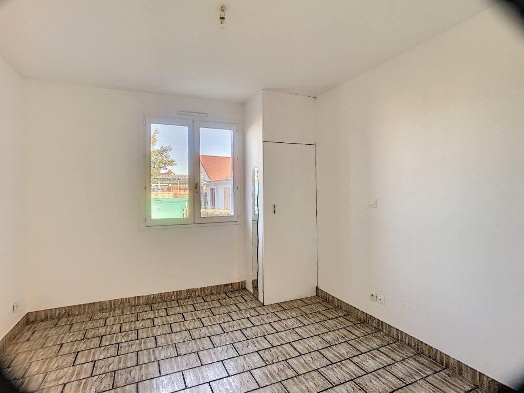 Maison à louer 3 55m2 à Ingré vignette-3