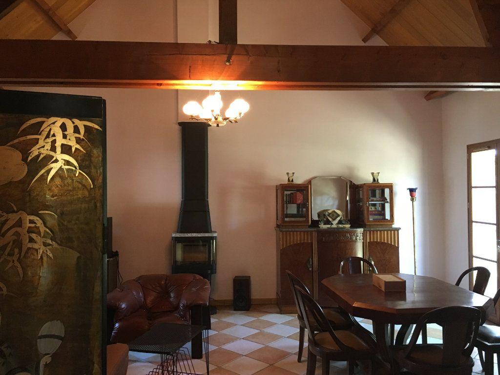 Maison à vendre 9 253m2 à Yvoy-le-Marron vignette-5