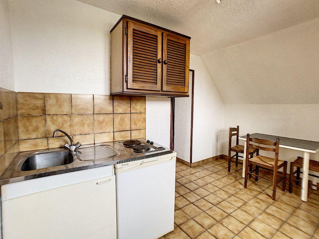 Appartement à louer 2 30m2 à Vouzon vignette-1