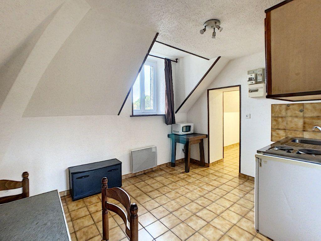 Appartement à louer 2 30m2 à Vouzon vignette-4