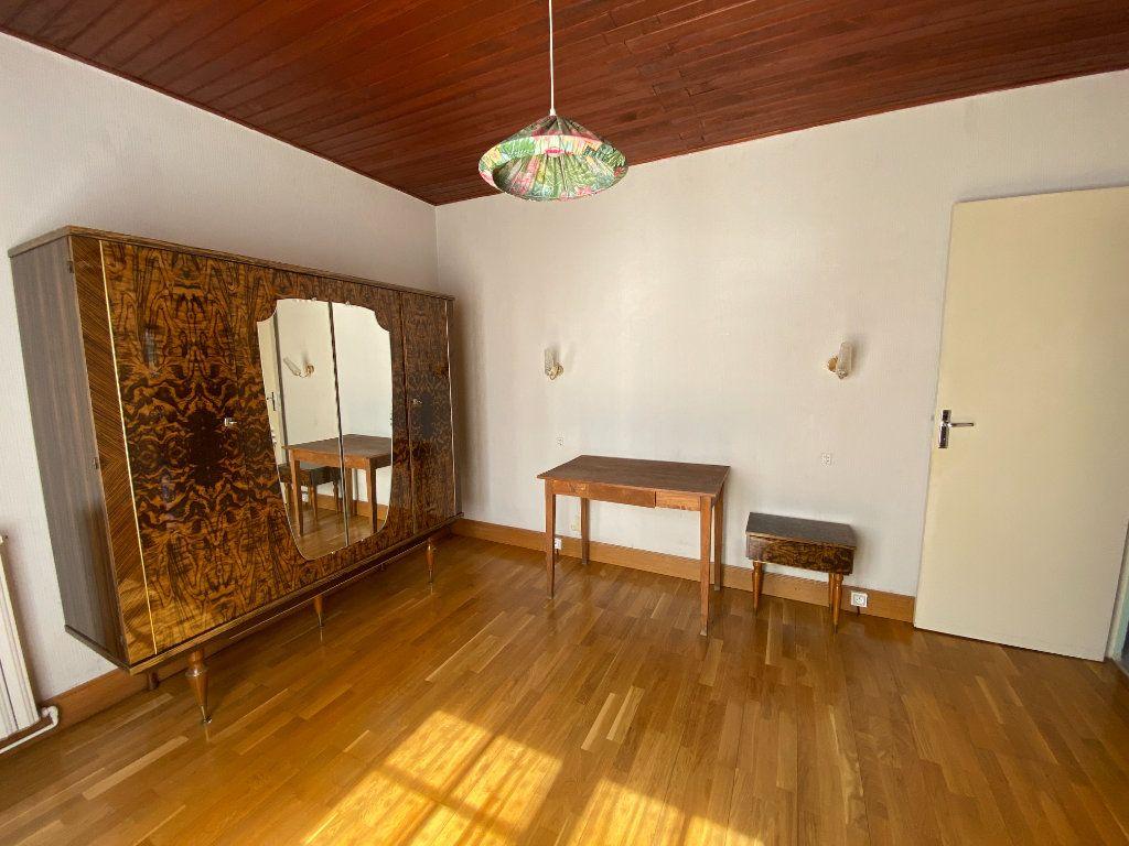 Maison à vendre 7 160m2 à La Ferté-Saint-Aubin vignette-3
