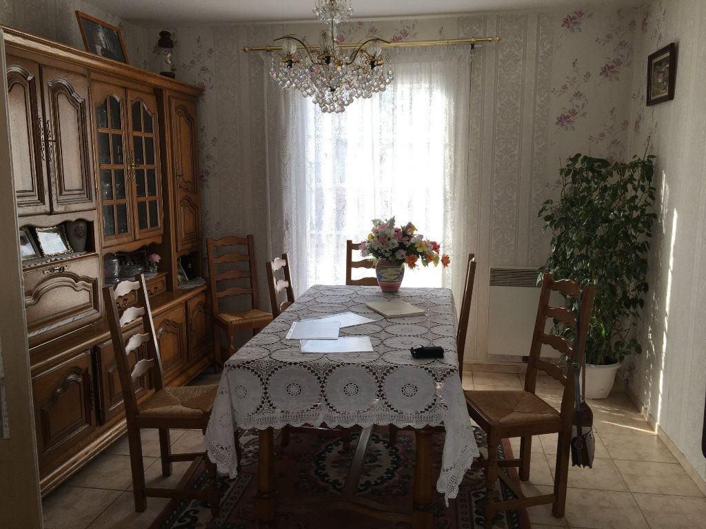 Maison à vendre 5 105m2 à Saint-Viâtre vignette-3