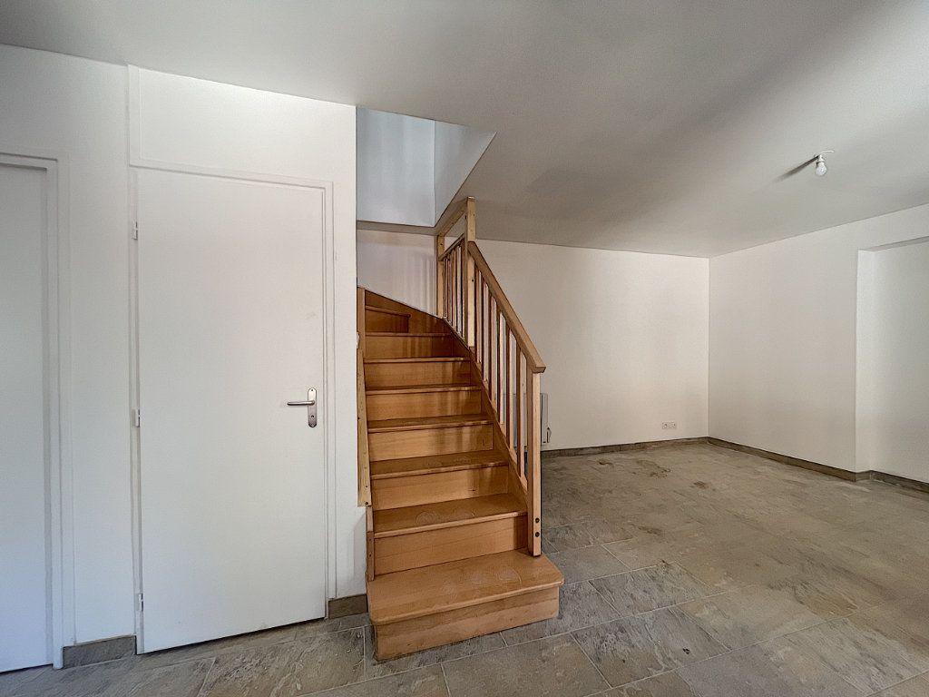 Maison à louer 3 38.98m2 à La Ferté-Saint-Aubin vignette-1