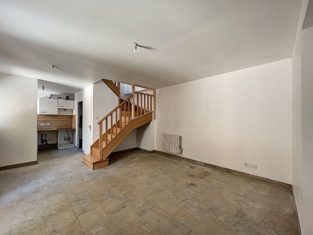 Maison à louer 3 38.98m2 à La Ferté-Saint-Aubin vignette-3
