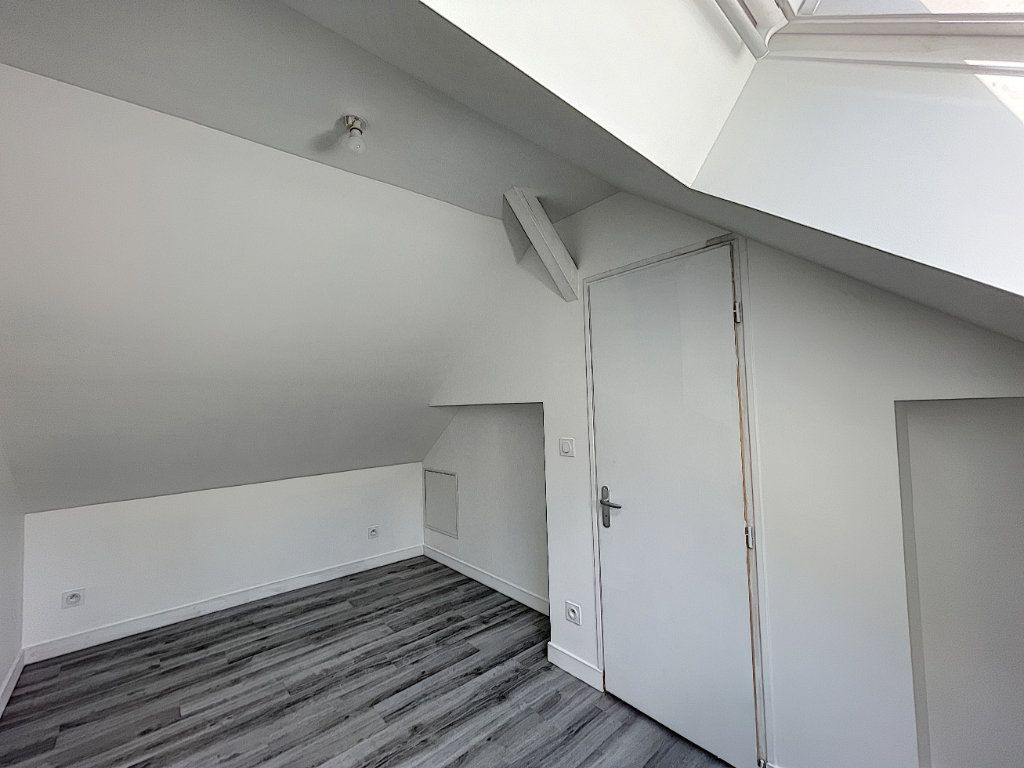 Maison à louer 3 38.98m2 à La Ferté-Saint-Aubin vignette-7