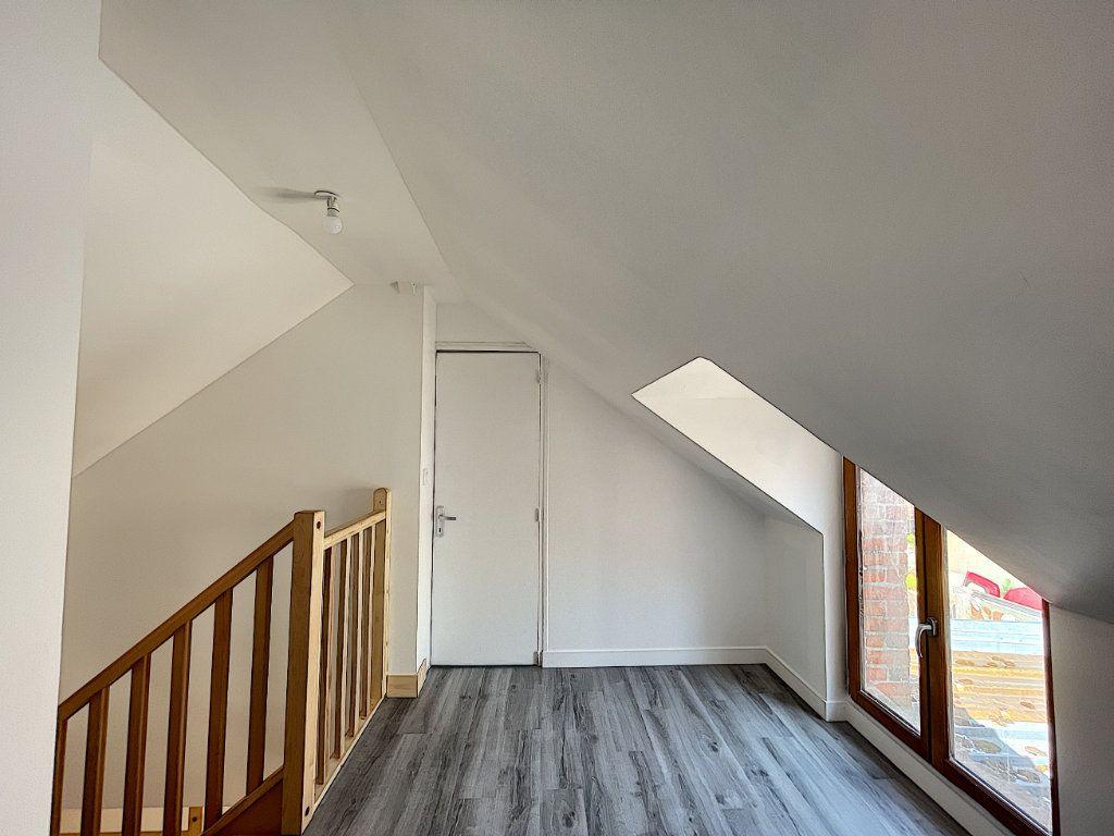 Maison à louer 3 38.98m2 à La Ferté-Saint-Aubin vignette-9