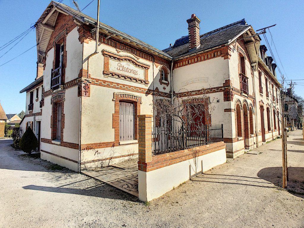 Appartement à louer 2 32.7m2 à La Ferté-Saint-Aubin vignette-9