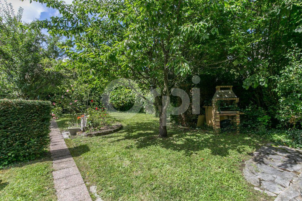 Maison à vendre 5 77m2 à Villemomble vignette-5