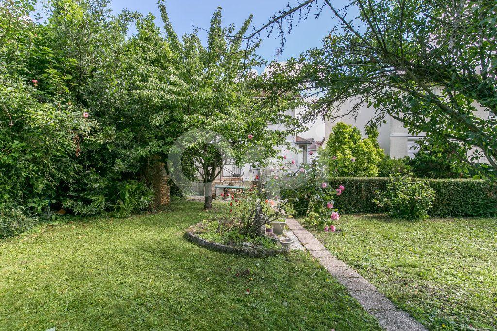 Maison à vendre 5 77m2 à Villemomble vignette-6