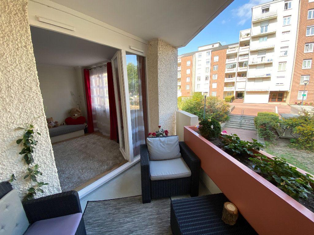 Appartement à vendre 3 71.59m2 à Fontenay-sous-Bois vignette-5