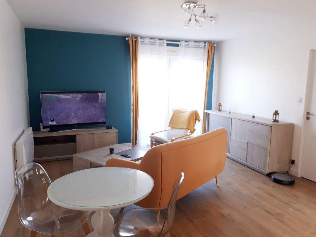 Appartement à vendre 2 47m2 à Saint-Jean vignette-1