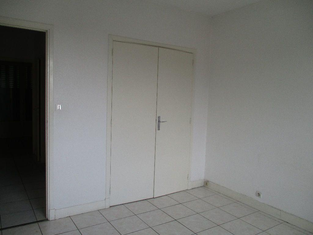 Appartement à louer 2 57m2 à Toulouse vignette-6