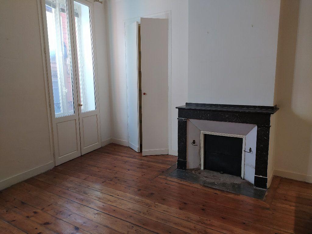 Appartement à vendre 3 103m2 à Toulouse vignette-1