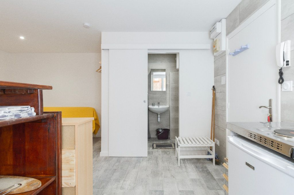 Appartement à louer 1 21m2 à Toulouse vignette-4