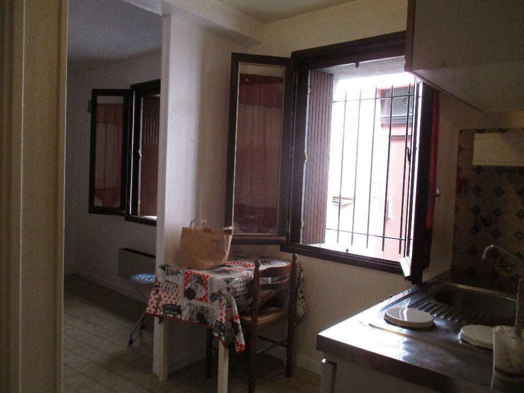 Appartement à louer 1 26m2 à Toulouse vignette-1