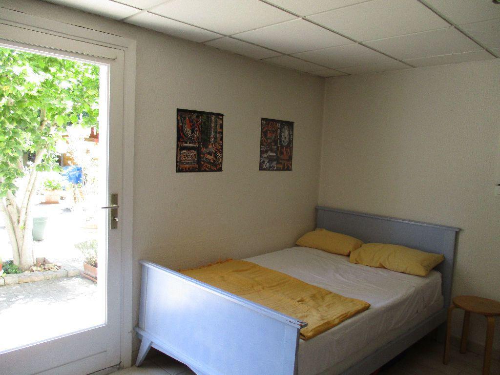Appartement à louer 1 18m2 à Toulouse vignette-3