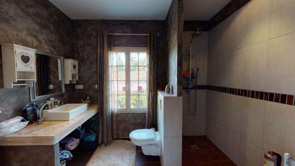 Maison à vendre 5 190m2 à Vallon-Pont-d'Arc vignette-10