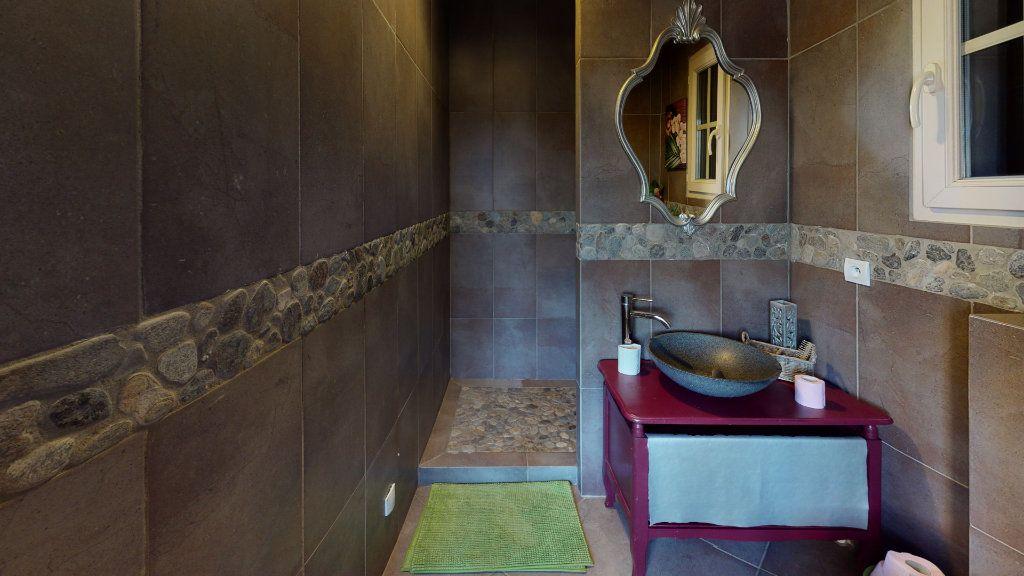 Maison à vendre 5 190m2 à Vallon-Pont-d'Arc vignette-11