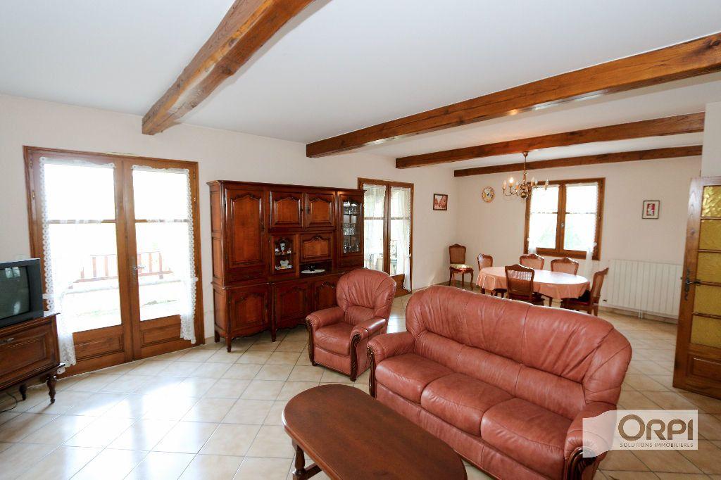 Maison à vendre 6 190m2 à Ruoms vignette-6