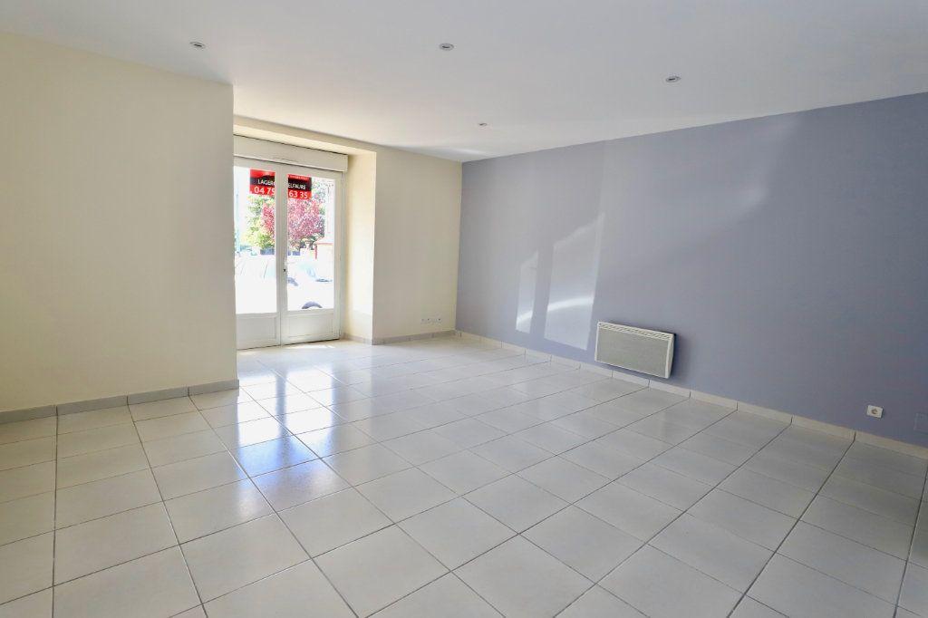 Appartement à vendre 2 55.21m2 à Ruoms vignette-3