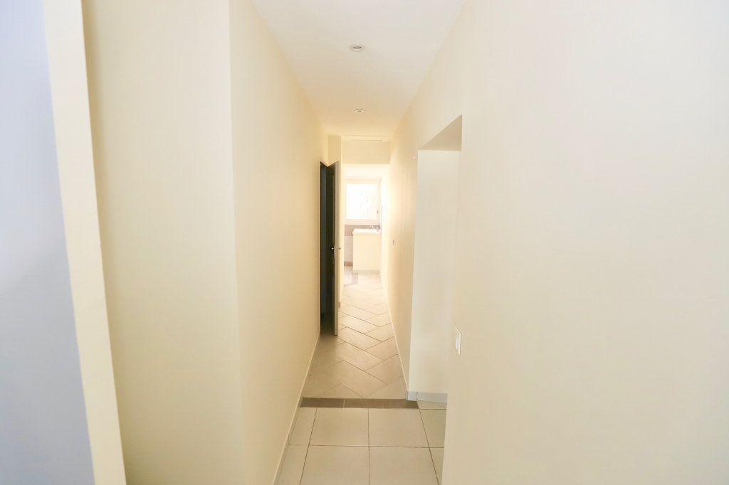 Appartement à vendre 2 55.21m2 à Ruoms vignette-4
