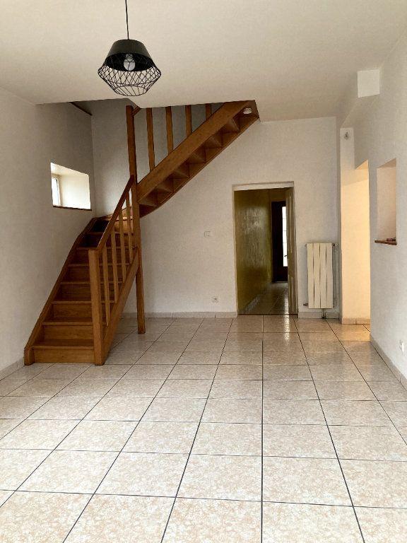 Maison à louer 3 51.61m2 à Saint-Alban-Auriolles vignette-3