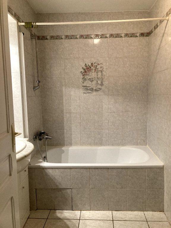 Maison à louer 3 51.61m2 à Saint-Alban-Auriolles vignette-5