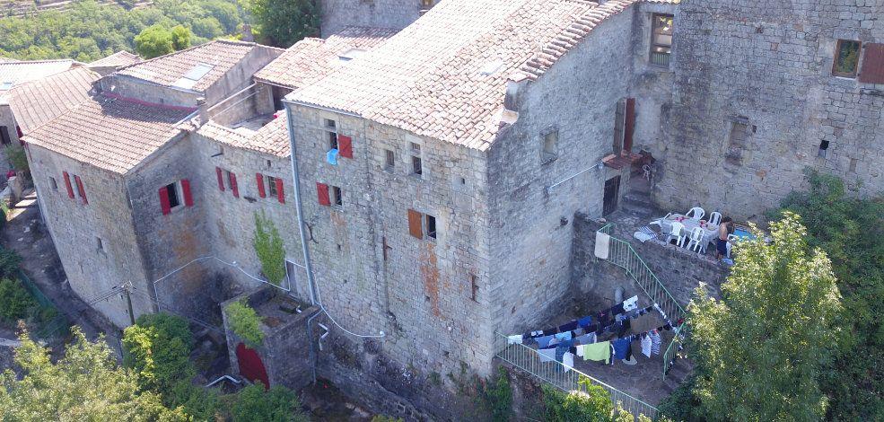 Maison à vendre 10 324m2 à Laurac-en-Vivarais vignette-1