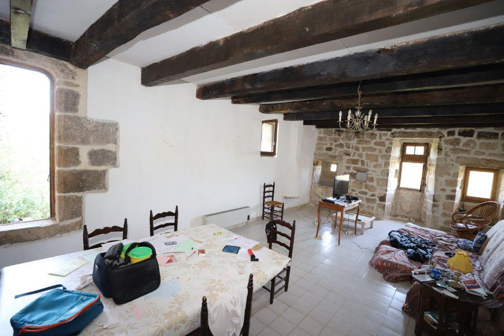 Maison à vendre 10 324m2 à Laurac-en-Vivarais vignette-6