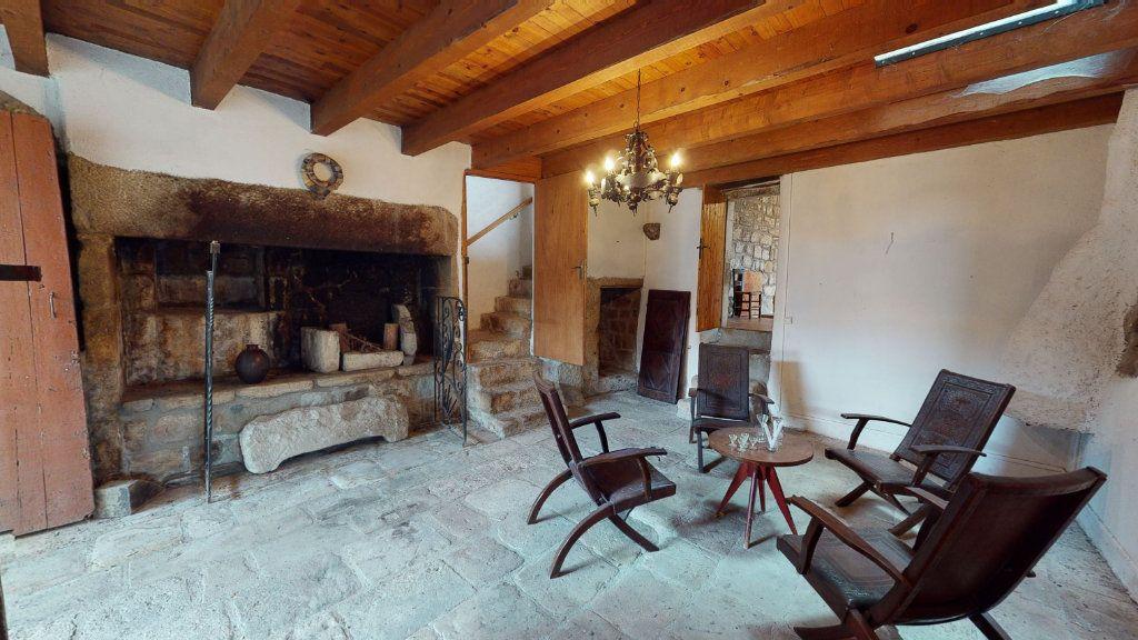 Maison à vendre 10 324m2 à Laurac-en-Vivarais vignette-7