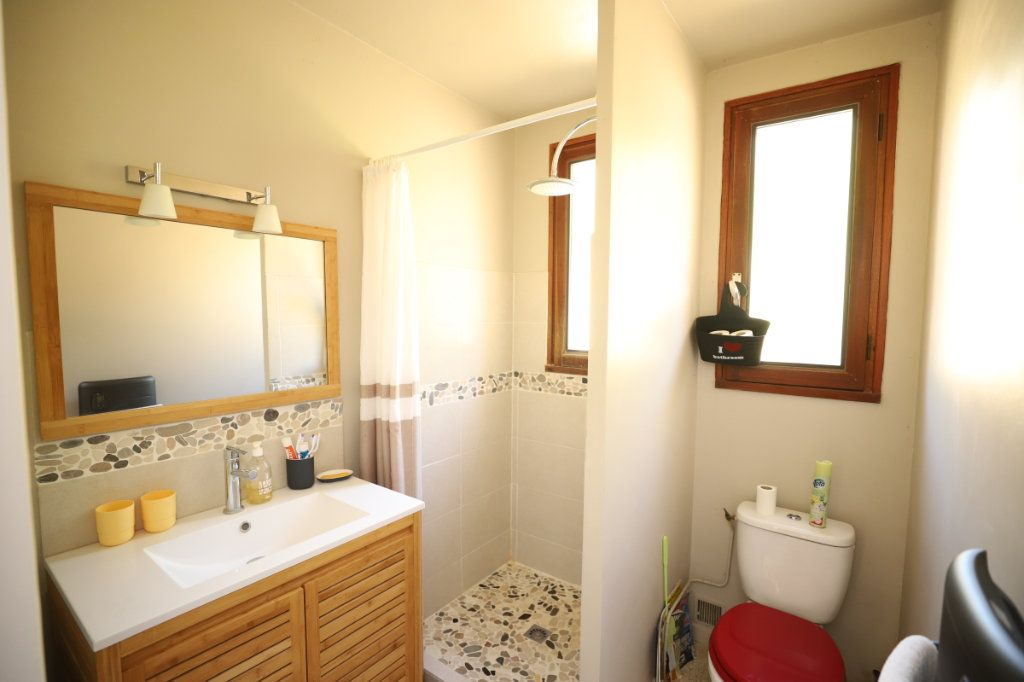 Maison à vendre 3 52m2 à Saint-Maurice-d'Ardèche vignette-4