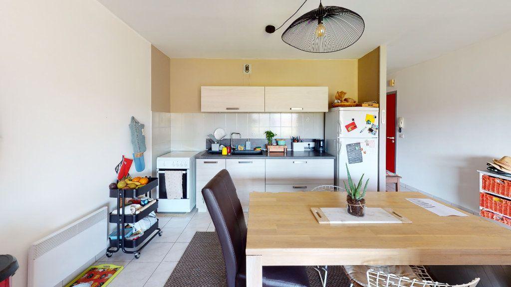 Appartement à vendre 3 67m2 à Ruoms vignette-4