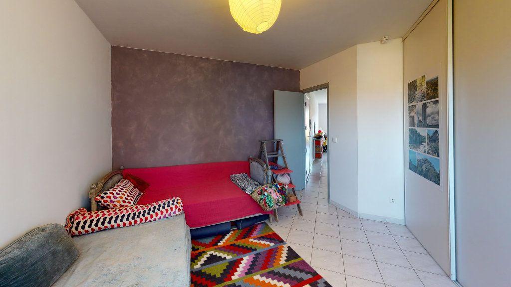 Appartement à vendre 3 67m2 à Ruoms vignette-5