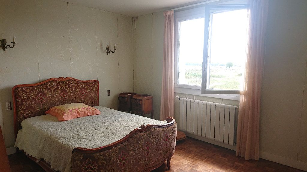 Maison à vendre 5 157m2 à Landiras vignette-5