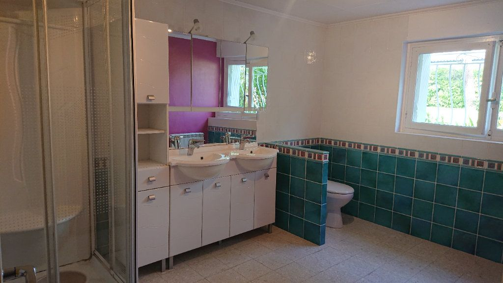 Maison à vendre 5 157m2 à Landiras vignette-6