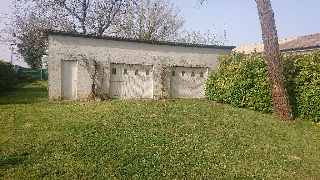 Maison à vendre 5 157m2 à Landiras vignette-10