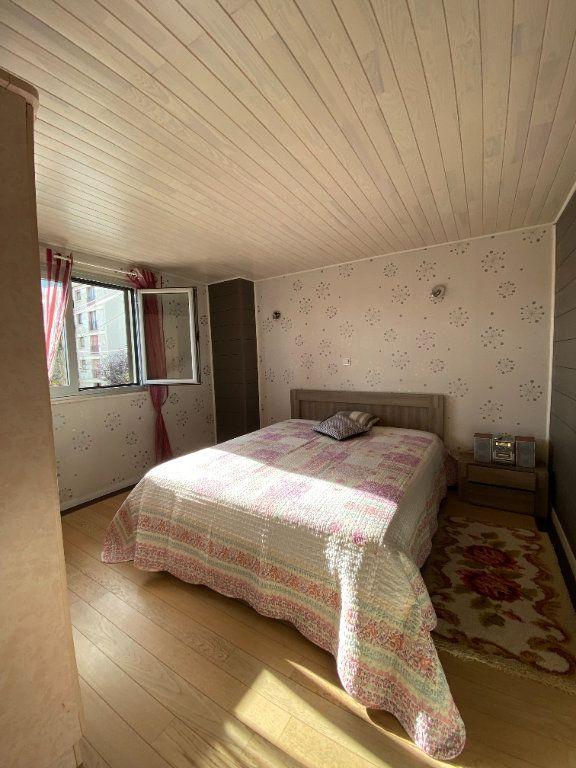 Maison à vendre 5 102m2 à Saint-Maur-des-Fossés vignette-6